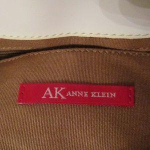 NEW Anne Klein Handbag